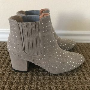 Qupid Grey Booties Size 7